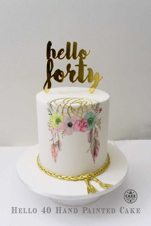 Cake Decorator Making Custom Designed Cakes In Melbourne