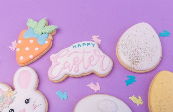 EASTER ROYAL ICING COOKIES